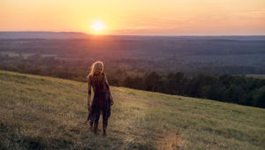 The Walking Dead episode 816 - Zombie in the sunset