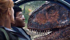 Jurassic World Fallen Kingdom dino closeup hero