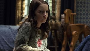 Mckenna Grace in The Haunting of Hill House