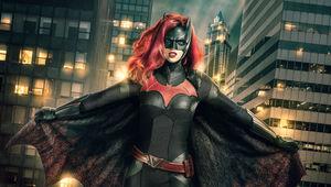 CW_Batwoman_1stLook_V5