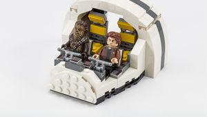 LEGO_SDCC_2018_Millennium_Falcon_Cockpit
