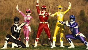 Mighty Morphin Power Rangers exterior hero