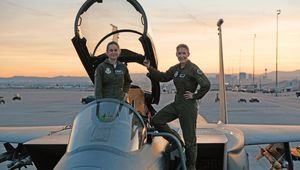 Captain Marvel Brie Larson Pilot Training