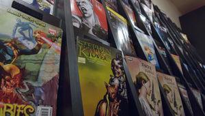 comic-book-rack