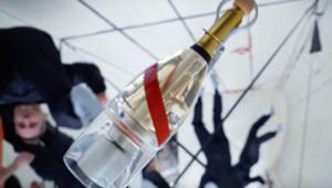 Mumm anti-gravity champagne in space