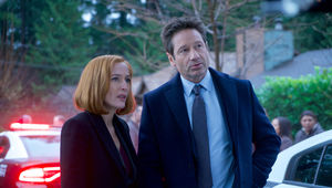 X-Files episode 1108 Familiar - Mulder and Scully at crime scene