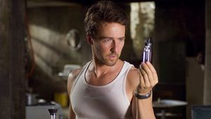 Edward-Norton-In-The-Incredible-Hulk