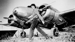 1280px-Earhart_and_electra.jpeg