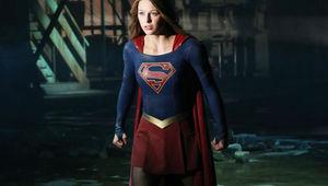 151025-news-supergirl-2.jpg