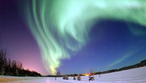 800px-Polarlicht_2.jpg