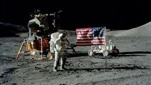 Apollo17.jpg