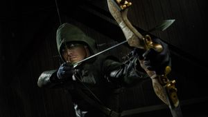 Arrow-Oliver-Queen-with-his-arc-HD-wallpaper_2880x1800.jpeg