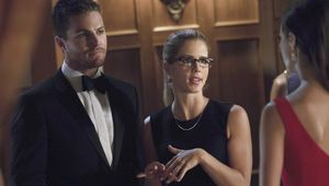 Arrow_2x04_Crucible__5.jpg