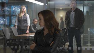 Captain_America_Civil-War-Cap-Black-Widow-Sharon-Falcon.jpg