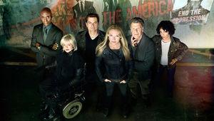 Fringe-finale-cast.jpg