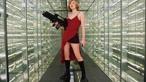Heroes_-_Alice_-_Resident_Evil_2002.jpg