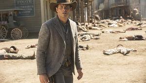 James-Marsden-as-Teddy-credit-John-P.-Johnson-HBO.jpg