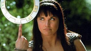 Lucy-Lawless-Xena-3.jpg