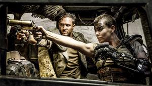 Mad-Max-Fury-Road-Furiosa.jpg