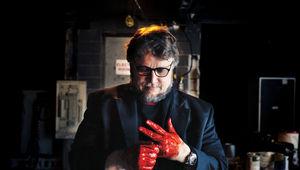 Masters_of_Horror_Guillermo_del_Toro_2_h.jpg