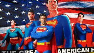 Superman_with_Mural.JPG
