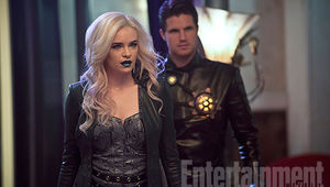The-Flash-Killer-Frost-Deathstorm-EW-4_0.jpg