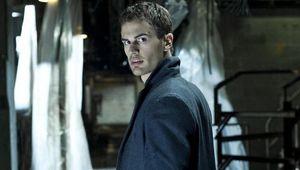 Theo-James-in-Underworld-Awakening.jpg
