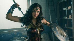 Wonder_Woman_led.jpeg