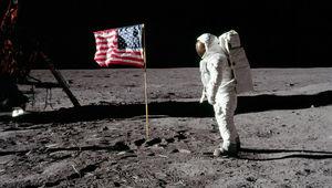 aldrinflag.jpg