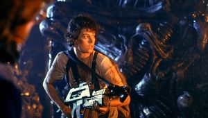 aliens-ripley-prepares-for-final-battle.jpg