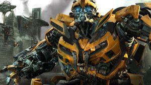 bumblebee_in_transformers_3-wide.jpg