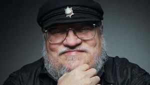 george-r-r-martin-george-r-r-martin-just-debunked-that-game-of-thrones-fan-theory.jpeg