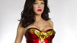 Adrianne-Palicki-Wonder-Woman_crop.jpg