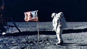 Apollo_11_flag_0.jpeg