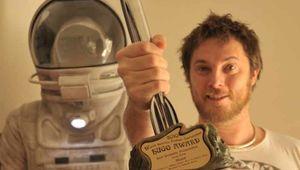 Duncan-Jones-Hugo-Award.jpg