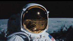Transformers-Dark-of-the-Moon-astronaut.jpg