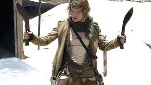 resident_evil_extinction_milla_jovovich_with_knives_0.jpg