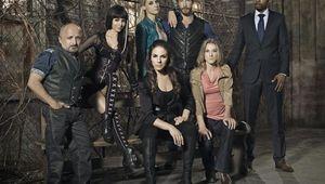 lost-girl-season-3-cast.jpg