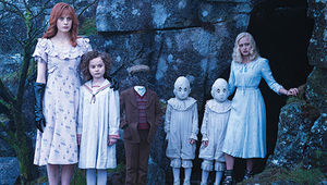miss-peregrines-home-for-peculiar-children-cast-1.jpg