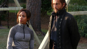 sleepy-hollow-season-2-nicole-beharie-tom-mison.jpg