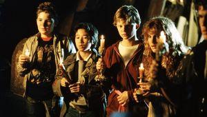the-goonies-movie-image-2.jpg