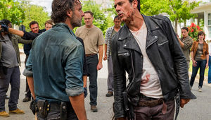 the-walking-dead-episode-708-rick-lincoln-3-935.jpg