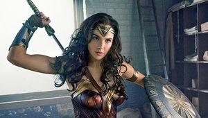 wonderwoman-ewphoto4-frontpage-700x361.jpg