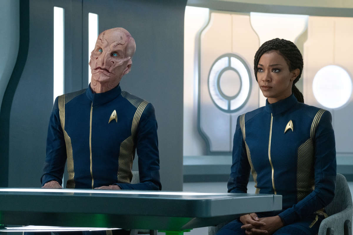 Doug Jones as Saru, and Sonequa Martin-Green as Michael Burnham in Star Trek: Discovery