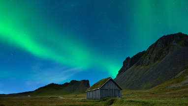 Phil Plait Bad Astronomy gettyimages_aurora_iceland_vikings