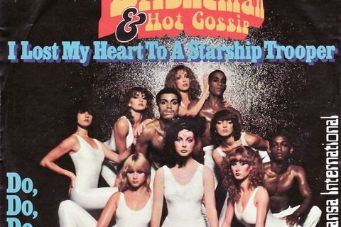 sarah-brightman-hot-gossip-starship-trooper