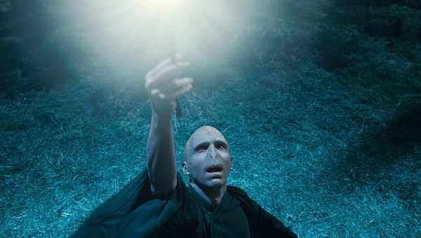 Harry_Potter_Deathly_Hallows_Part_1_1