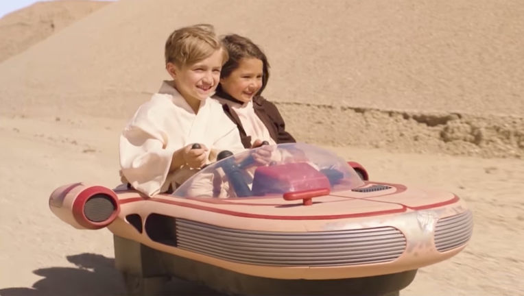 luke-skywalker-landspeeder-radioflyer.jpg