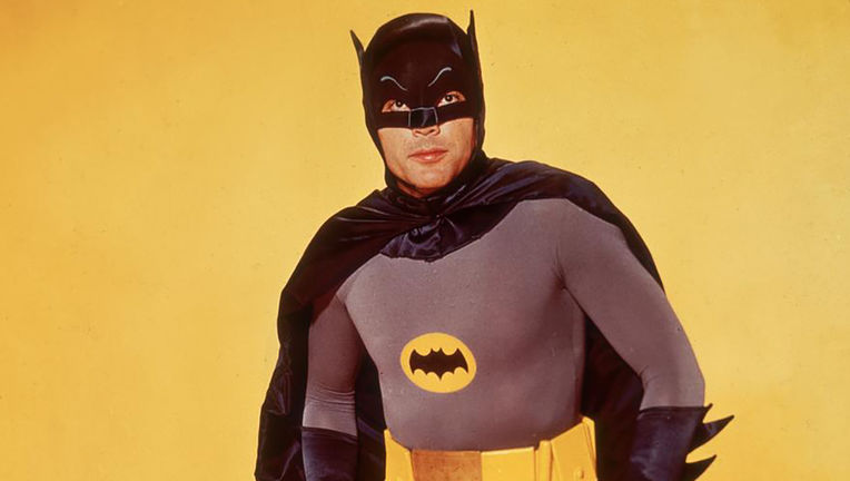 YZDlO-1443470703-78-list_items-adamwest_batman_1.jpg
