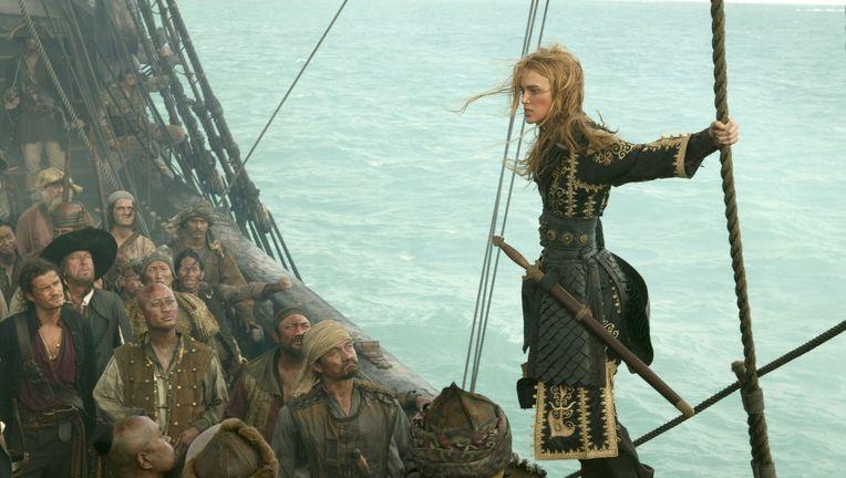 piratekingelizabeth.jpg